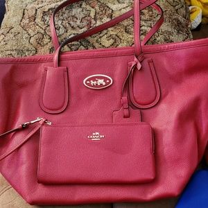 Coach tote with wallet